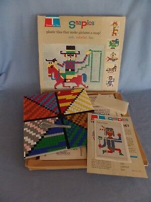1969 Tupperware SNAPICS plastic tiles snap together w/ instructions + extras TOY