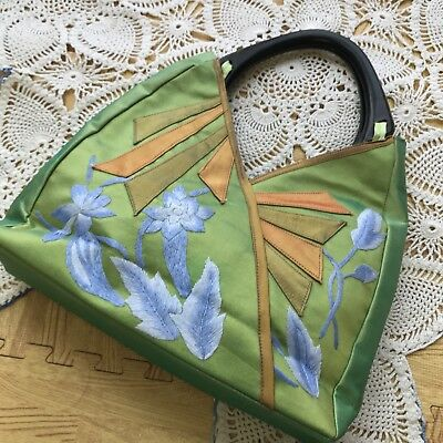 Vintage 60s Hawaiian Floral Emroidered Handbag Green Purse Wood Handles