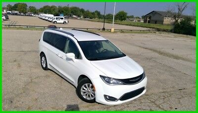 2018 Chrysler Pacifica Touring L 2018 Chrysler Pacifica Touring L Used 3.6L V6  Automatic FWD Minivan