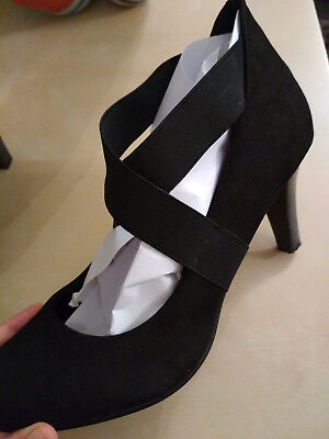 Size 6 (39) Crossed Heels Black Suede Paver's Smart Round Toe