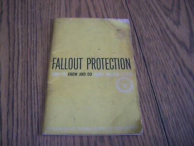 1961 Fallout Protection Pamphlet Department Of Defense Nuclear Attack Procedure