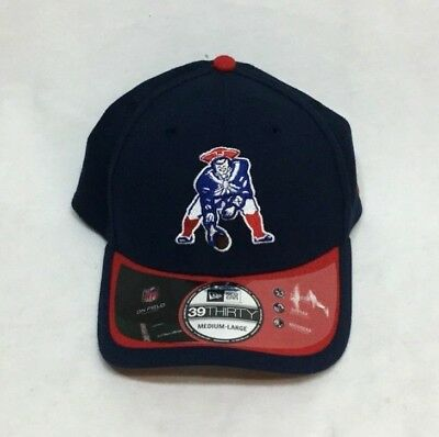 f113fceeef2f4a New England Patriots New Era Retro Logo 3930 Flex Fit Hat Cap Medium / Large