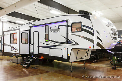 New 2019 Cobalt 30RLT Rear Living Room 5th Fifth Wheel For Sale With Auto Level