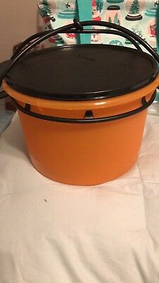 tupperware Trick Or Treat Pail / Canister