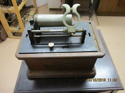 A  Columbia Graphophone cylinder Phonograph for restoration