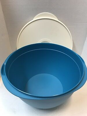 Tupperware MAXI MEGA 42 Cups Salad Bowl  - with white seal New!!!