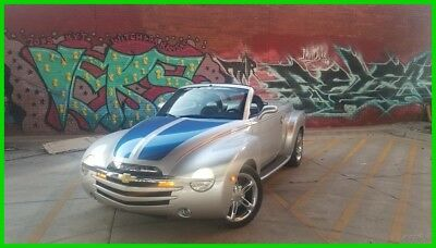 2006 Chevrolet SSR  2006 Chevy SSR very low miles and super clean, 6.0