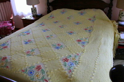 ~MSB~ Vintage Chenille Bedspread Gorgeous lemon yellow covered w/flower clusters