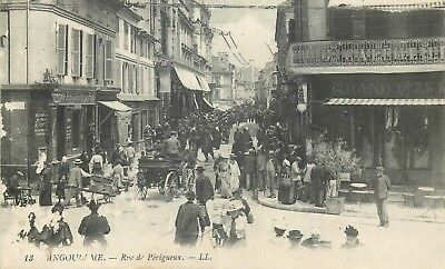 Cp Angouleme Rue De Perigueux Animee Ll