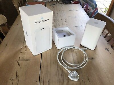 Apple AirPort Extreme Gigabit Wireless AC Router (ME918B/A)