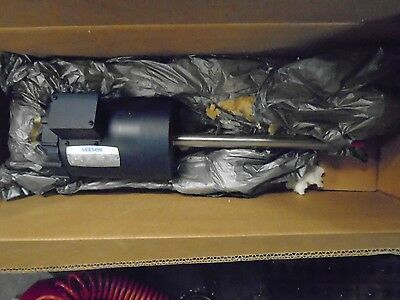 "LEESON C6T17DC65A Electric Motor 3/4HP with 1.131""Dia. x 15"" Long Shaft"