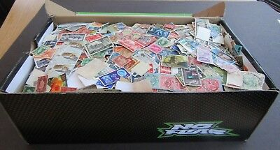 Great Britain -Vast Colln Of Stamps In Old Shoe Box - All Periods - Est 20,000+
