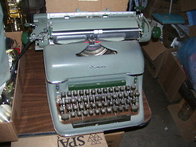 Antique Vintage Olympia Green Deluxe Manual Typewriter