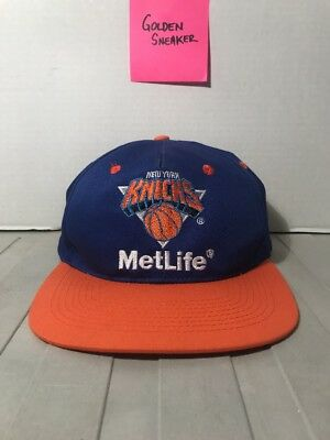 d085facc13261 VINTAGE 90S NEW York Knicks Snapback Hat Cap MetLife Orange Blue ...