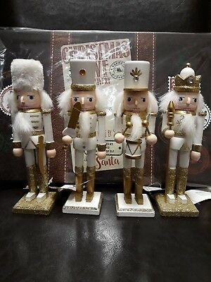 Christmas Traditional Wooden Nutcrackers Soldier Set Of 4 Glitter Gold
