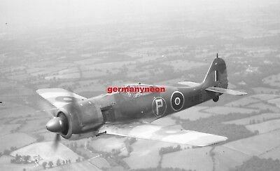 RAF,  FW 190A.,  PE882,  *Lost 1944.,  LARGE ORIGINAL NEGATIVE & PHOTO   (076)