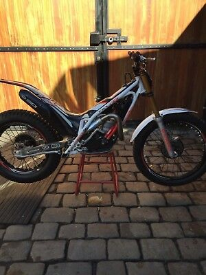 Gasgas 250 2013 factory limited edition. Immaculate condition. Can deliver