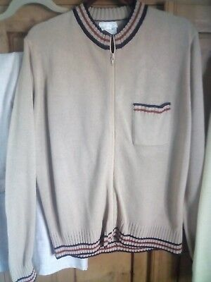 Vintage 70s zip up cardigan.