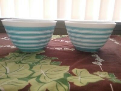 Vintage Pyrex Blue And White Striped  Set Of Two Cereal Bowls 401