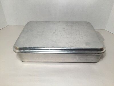 MIRRO Aluminum 13 X 9 X 2.5 Covered Cake Baking Pan With Snap-On Lid