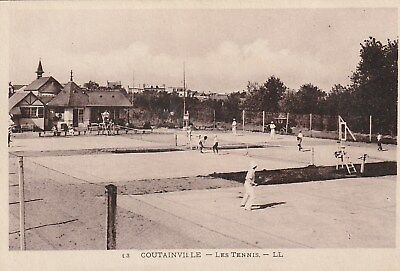 CPA 50 (Manche) COUTAINVILLE / LES TENNIS / ANIMEE