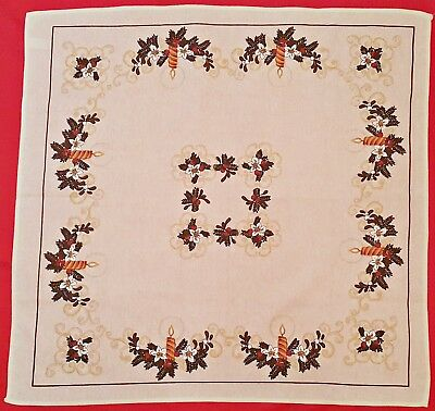 """Vintage Christmas Decoration Candles Wreath White Brown Cotton 31"""" Tablecloth"""