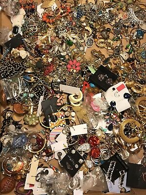 6.5 Lbs ALL Earrings LOT VTG -Now WEAR CRAFT CREATE Fashion Costume Jewelry USED