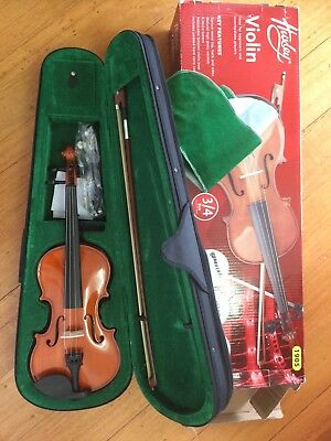 3/4 size Huxley Violin in box and case, unused condition. Reservoir 3073