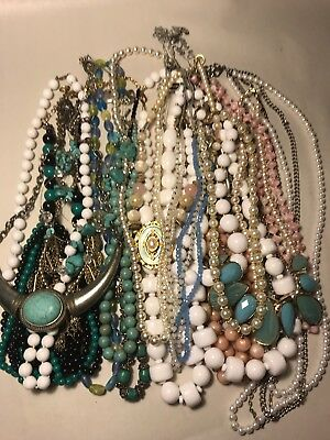 2 Lb Vintage -Now COSTUME JEWELRY Lot All Wearable Necklaces NICE! LOT #28