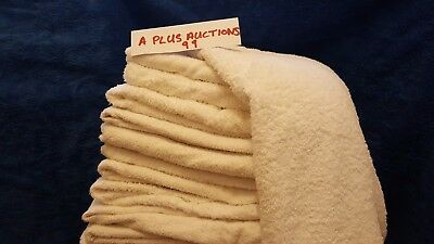 X10 White High Quality Bath Towels in brilliant condition