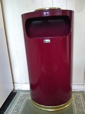 Rubbermaid Commercial Products European Designer 9 Gallon Half Round Receptacle
