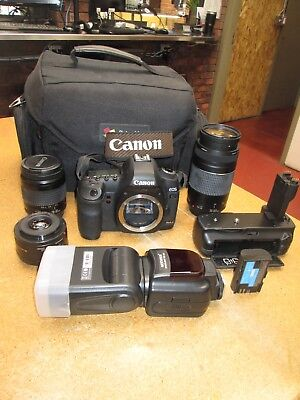 !!! Canon  Eos 5D Mark Ii 21.1Mp Digital Slr Camera With Lenses And Flash !!!