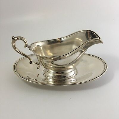 INTERNATIONAL STERLING Gravy Boat & Underplate Silver G38