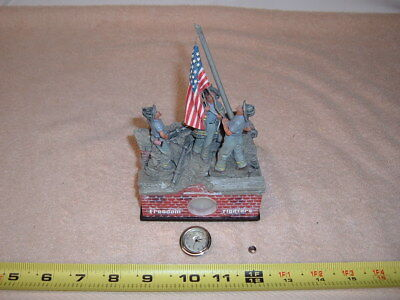 Freedom Fighters 9/11 Figurine with small clock