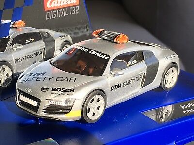 1/32 Carrera Digital 30465 Audi R8 DTM Safety Car