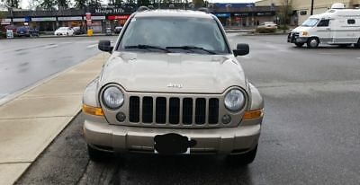 Jeep: Liberty Used Jeep Liberty for sale 2007 205,000 KM V6.