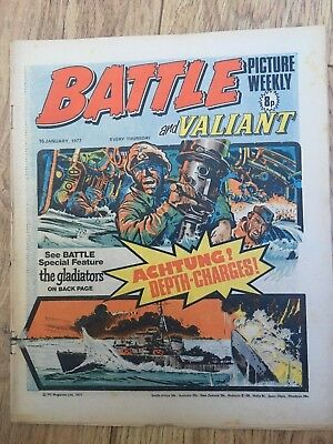 BATTLE PICTURE WEEKLY 15 Jan 1977 - classic boys' war comic - includes Valiant