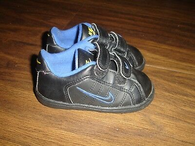 Nike Court Tradition 2 Baby boys Trainers size uk 5 infant black/blue/yellow