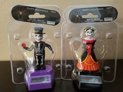 Solar Powered Dancing Toys Skeleton Groom and Solar Bride Happy Halloween Toys