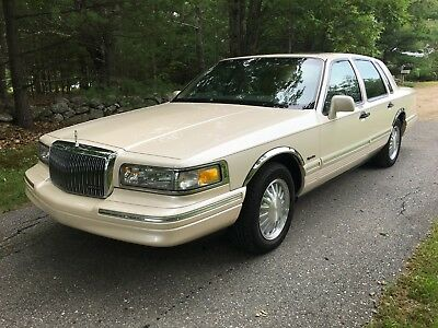 2007 Lincoln Town Car Presidential Signature Limited 8 000 00