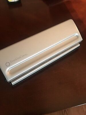 CLASSIC 7 HOLE PAPER PUNCH Franklin Covey FREE SHIPPING