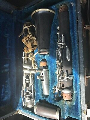 1930s Boosey & Hawkes Edgware Clarinet with Case
