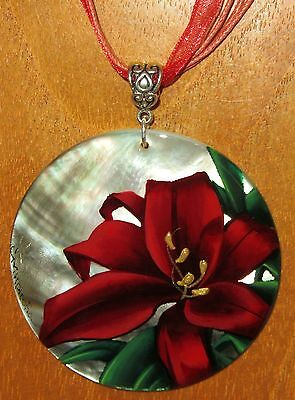 SHELL PENDANT RED LILY FLOWER UNIQUE ART Russian Hand Painted Black Lip Necklace