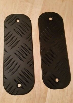 Landrover Defender Bumper Tread Plates with fittings
