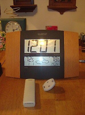 LA Crosse Technology Radio Controlled Indoor/Outdoor Temp. Date/Day Clock.