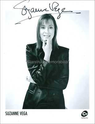 Suzanne Vega Autograph *Solitude Standing* Hand Signed 10X8 Photo