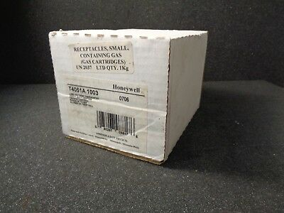 Honeywell T4051A1003 Heavy Duty Line Voltage Thermostat with Locking Cover