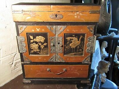 Antique Chinoiserie Laquered Jewlery Box/tea Caddy,double Locking