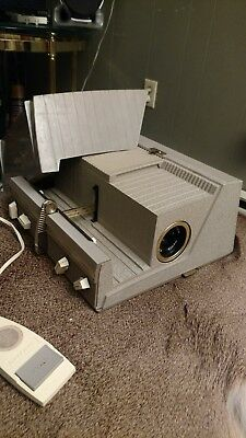 SAWYER 500 ER Projector WITH ORIGINAL CASE and remote