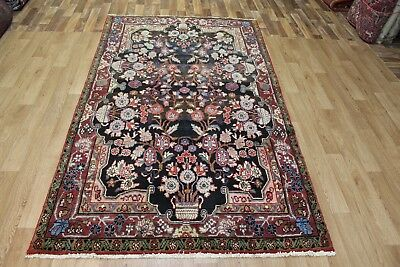 Handmade Persian rug with floral Vase design 8 x 4'6 ft